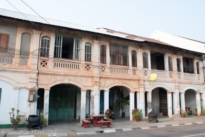 Gli edifici coloniali di Savannakhet