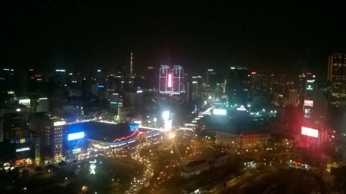 Saigon by night dall'alto è un vero spettacolo