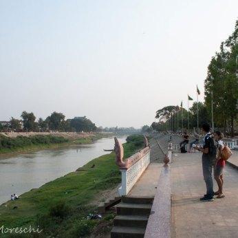 battambang-lungofiume