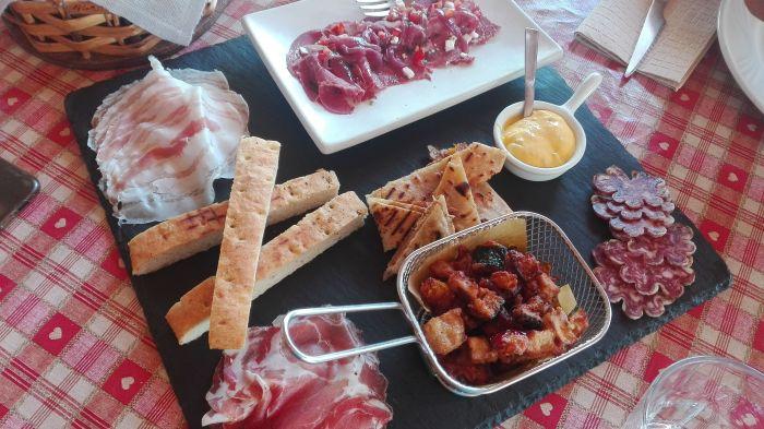 pranzo alla Cascina del Frances