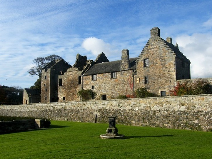 Best Castles in Scotland | Aberdour Castle