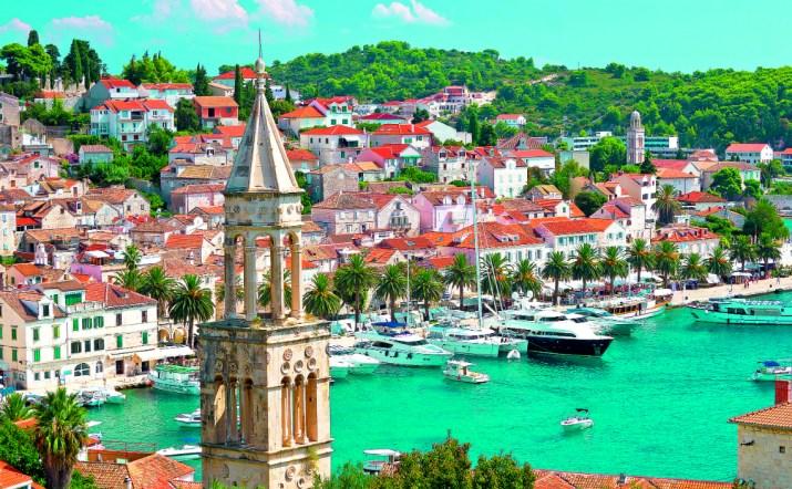 Κροατία: Καστροπολιτείες,τιρκουάζ λίμνες,καταρράκτες & κουκλίστικες παλιές πόλεις!(photos)