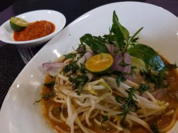 12 Different Types of Malaysian Laksa to Eat in Malaysia