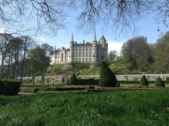 top 10 scottish castles dunrobin.