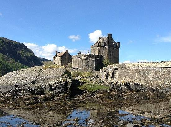 top 10 scottish castles eilean donan.