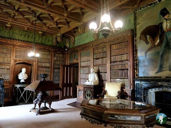 abbotsford house review library.