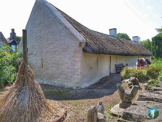 top things to do in ayrshire burns cottage.