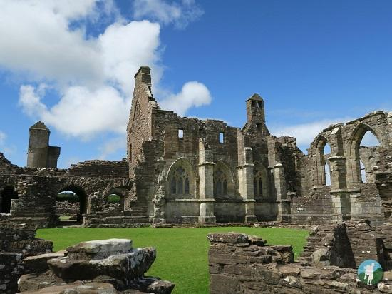 top things to do in ayrshire crossraguel abbey.