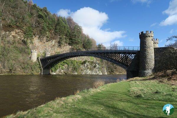 reviewing speyside whisky distilleries craigellachie bridge