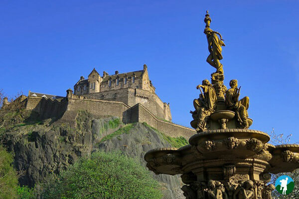 edinburgh on a budget princes street gardens