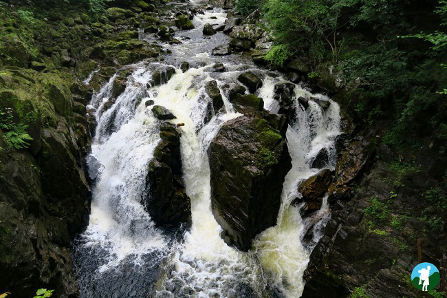 best of perthshire and waterfall hermitage.