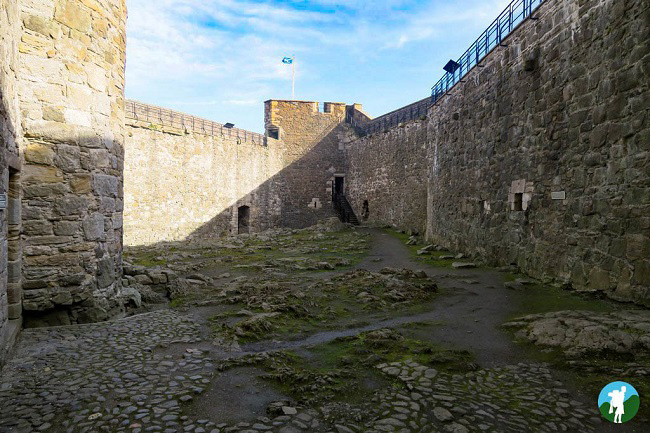 blackness castle courtyard outlander filming fort william