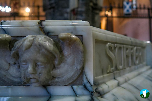 paisley abbey marble