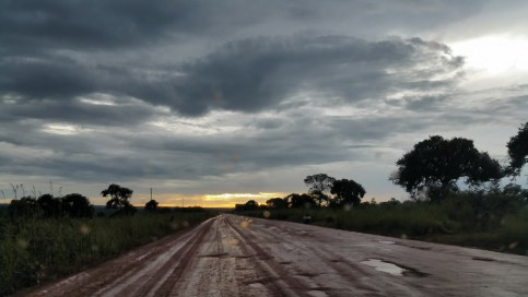 Zambian roadtrip - Sunset on Zambian highway