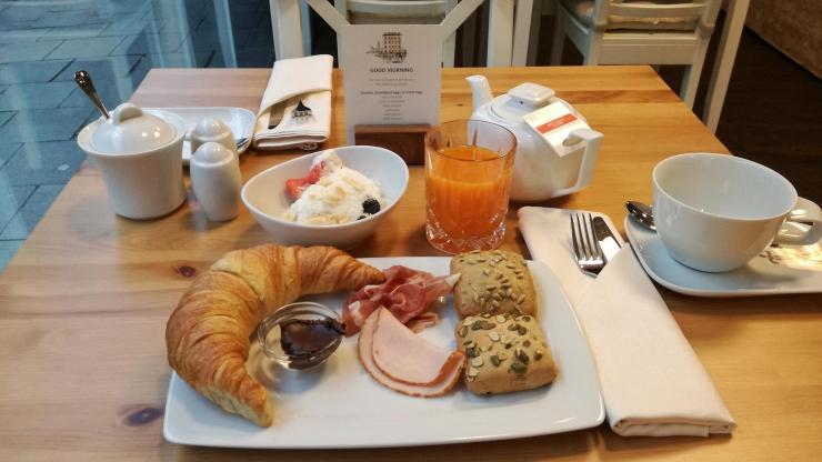 Derag Living Hotel am Viktualienmarkt München Bewertung Frühstück