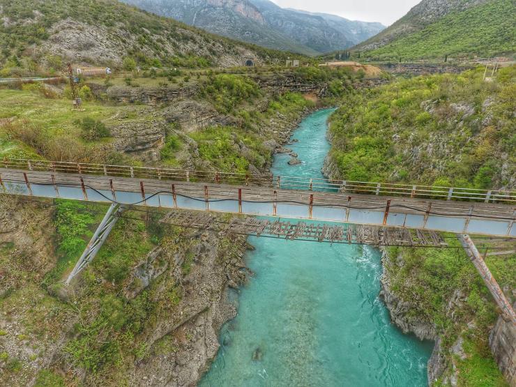 Auf Winnetous Spuren in der Morača Schlucht in Montenegro