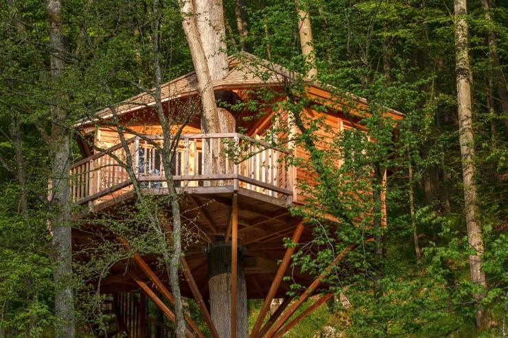 Nachhaltig reisen: Baumhaushotel Seemuehle
