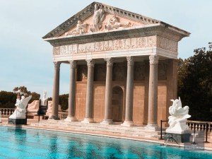 Hearst Castle California | Hearst Castle Travel Guide