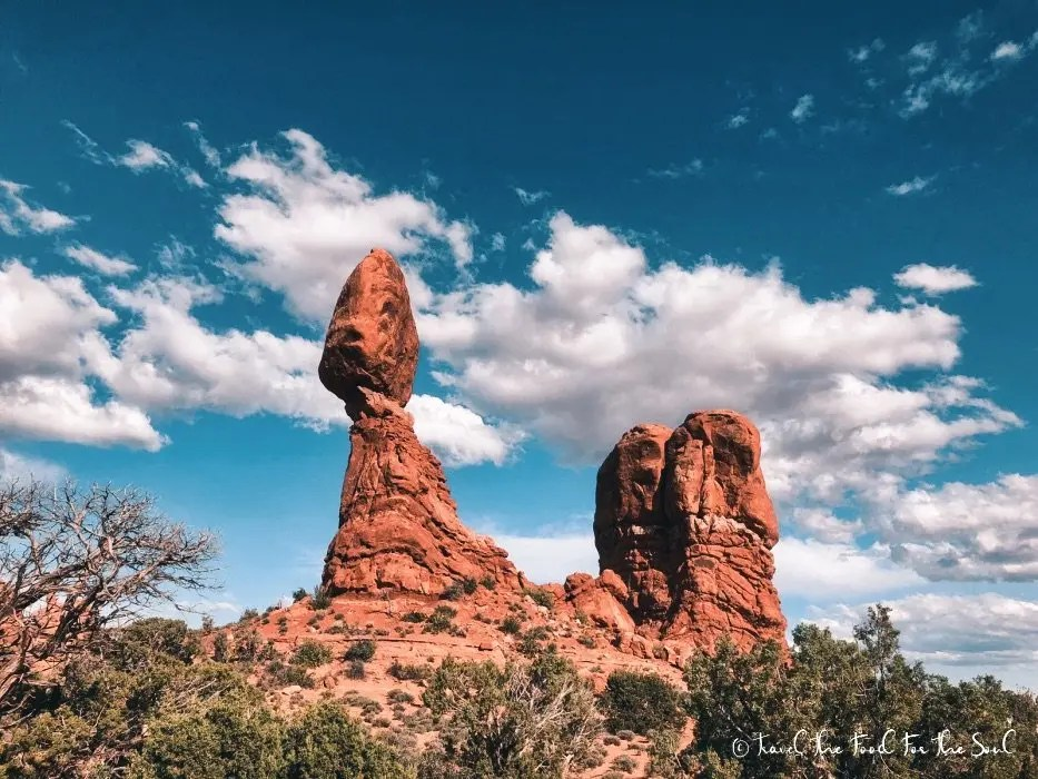 Balanced Rock | The Ultimate Guide To Arches National Park
