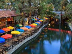 Lodging and Dining In San Antonio