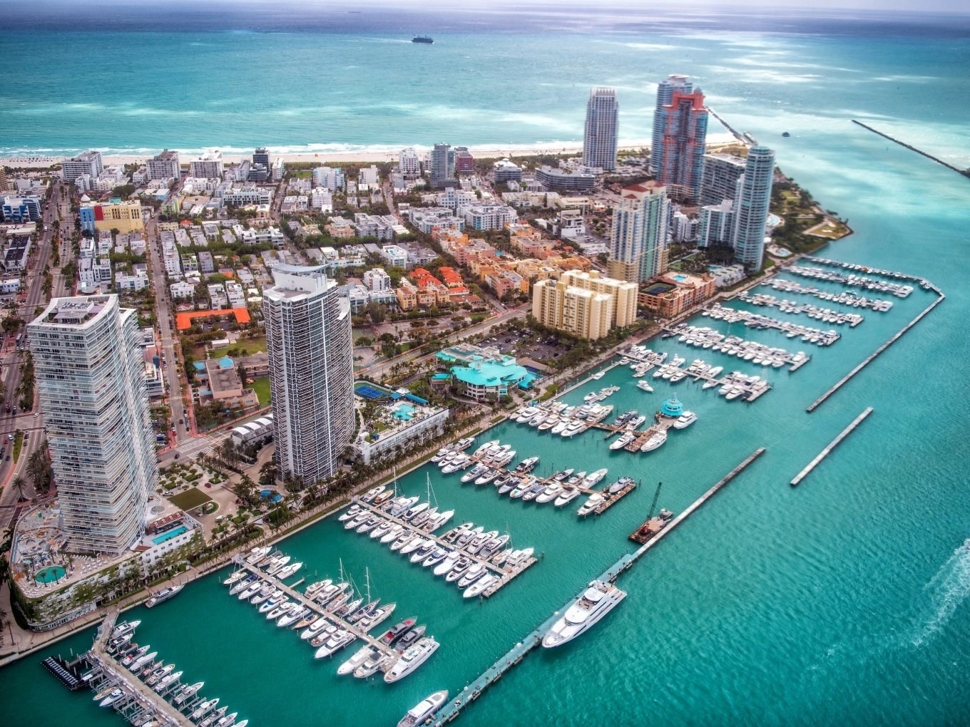 Lodging and Dining In Miami