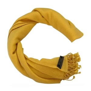 Cashmere Shawl Pashmina Scarf | The Ultimate Travel Gift Guide for Women | Travel The Food For The Soul