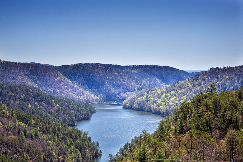 Hiking Talulah Gorge: Tallulah Lake and Dam
