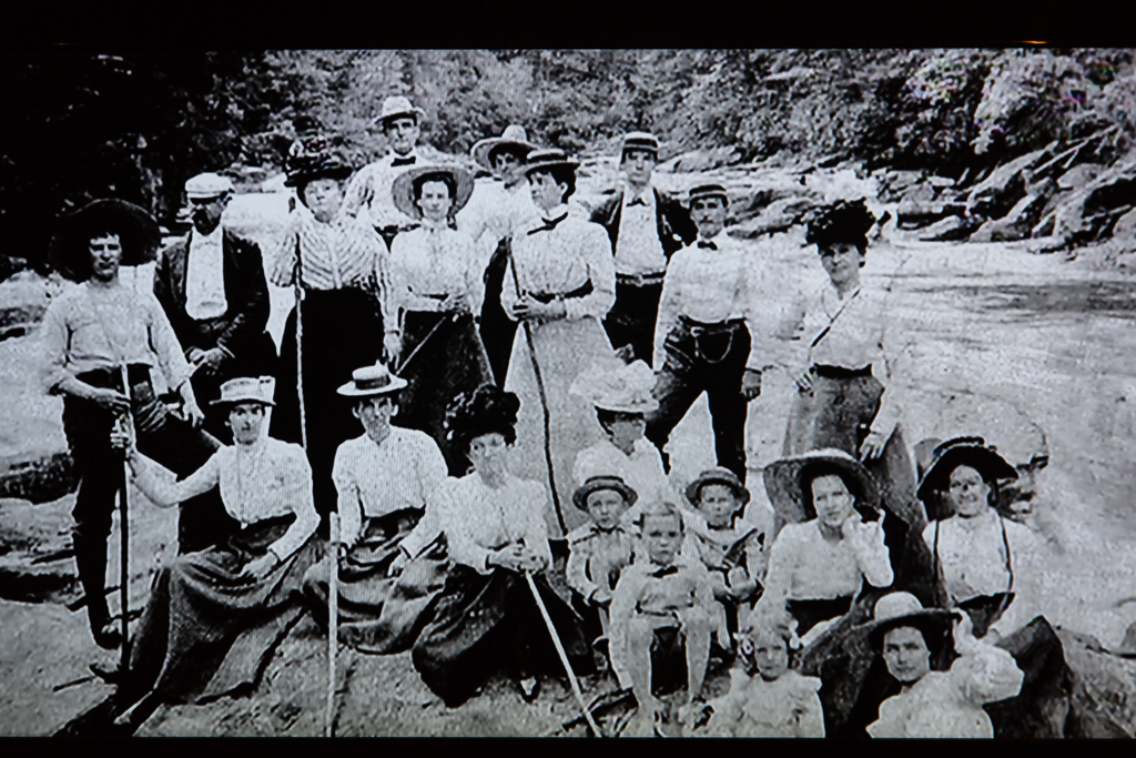 Hiking Tallulah Gorge: Old photo of tourists from movie at Visitor's Center
