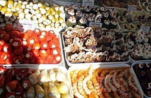 Naschmarkt Small Group Food Tour