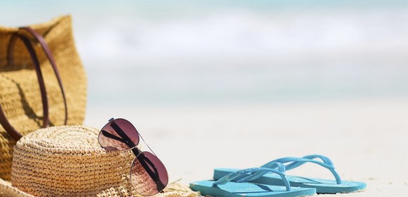 Beach Essentials to Make Sure You Have Fun in the Sun