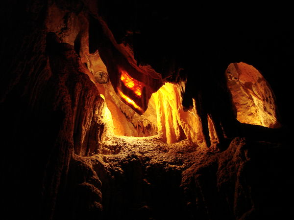 Explore Canberra's Surrounding Through Caving And Abseiling