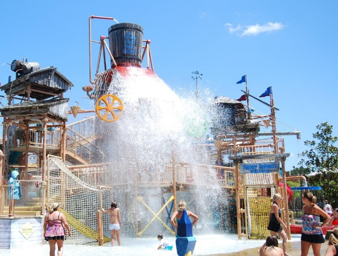 Geyser Falls Water Theme Park – Choctaw, Mississippi