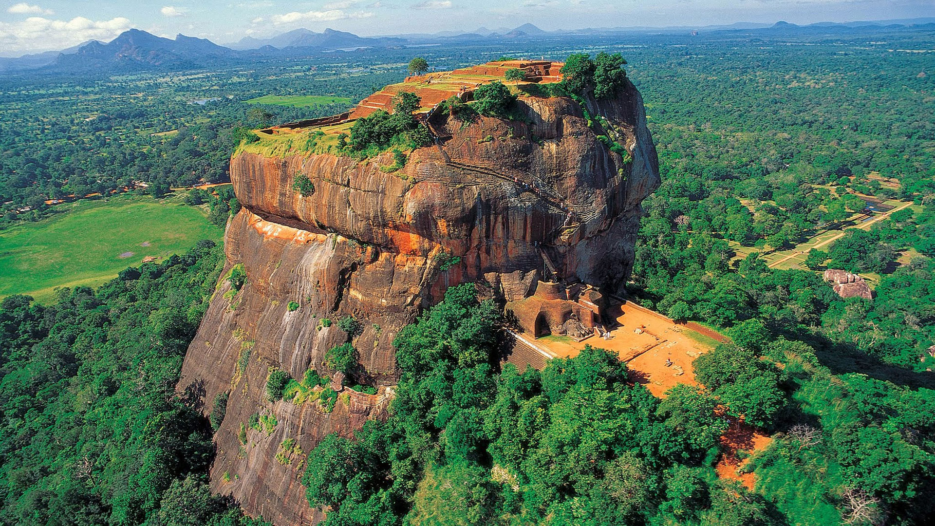 Outdoor Adventures in Sri Lanka