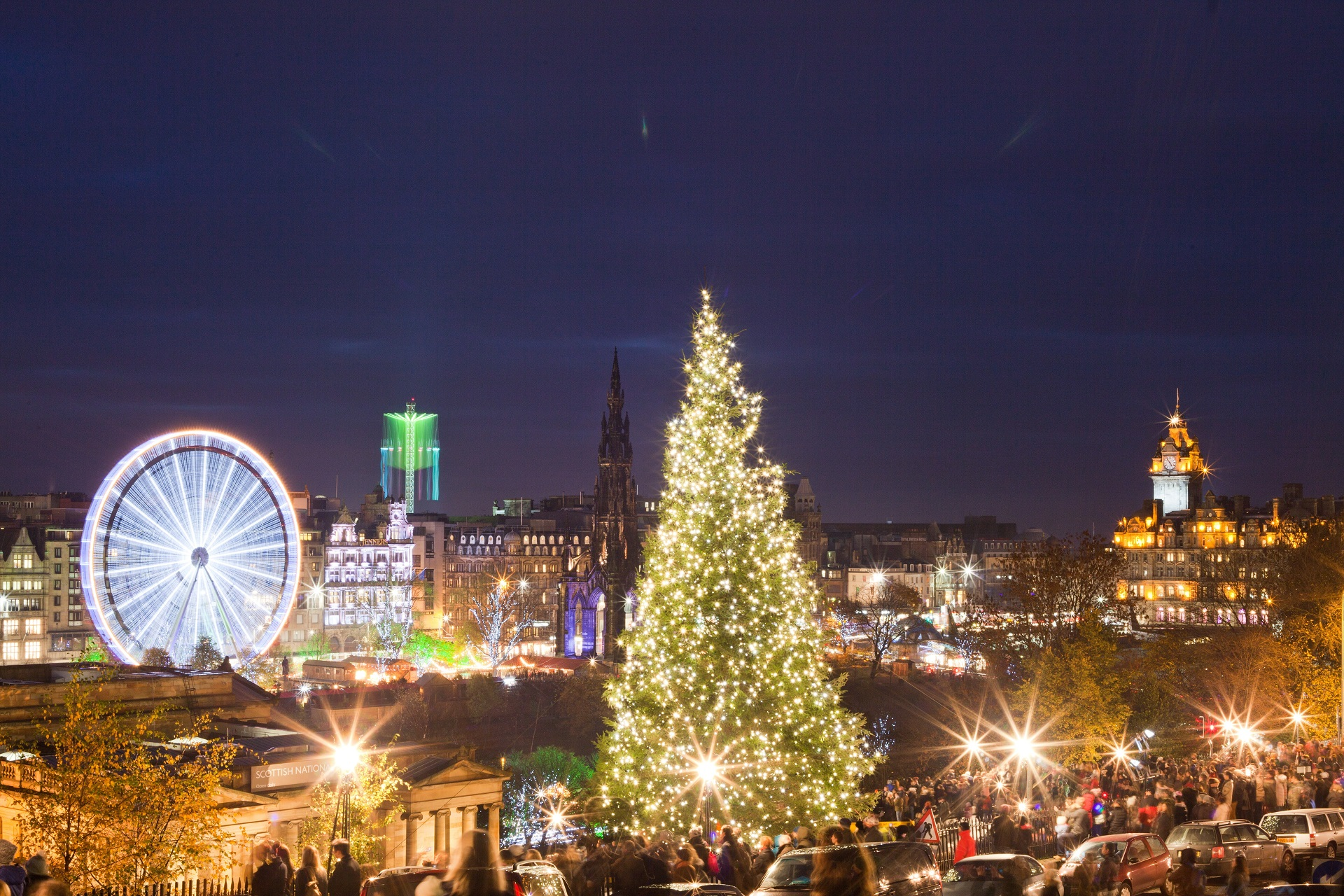 9 UK Christmas Traditions You Might Not Know