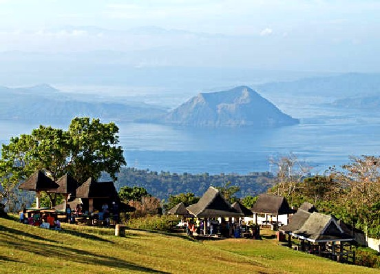 Image result for picnic grove in tagaytay