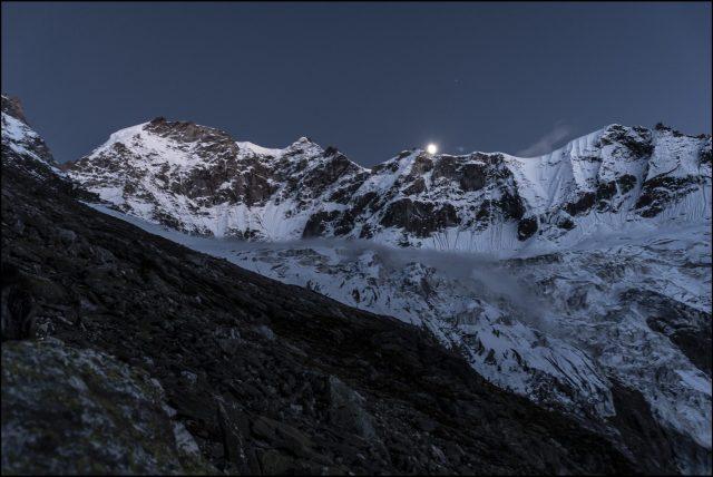 Bhyundar Khal trek