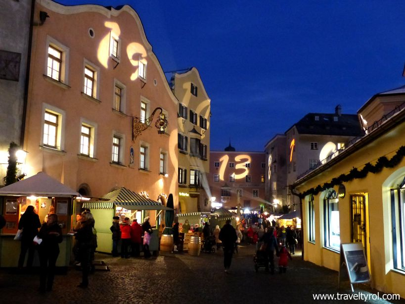 Hall Christmas Market with Advent calendar numbers on the walls.