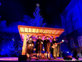 The Rattenberger Adventmarkt is one of the best Christmas markets in Austria.