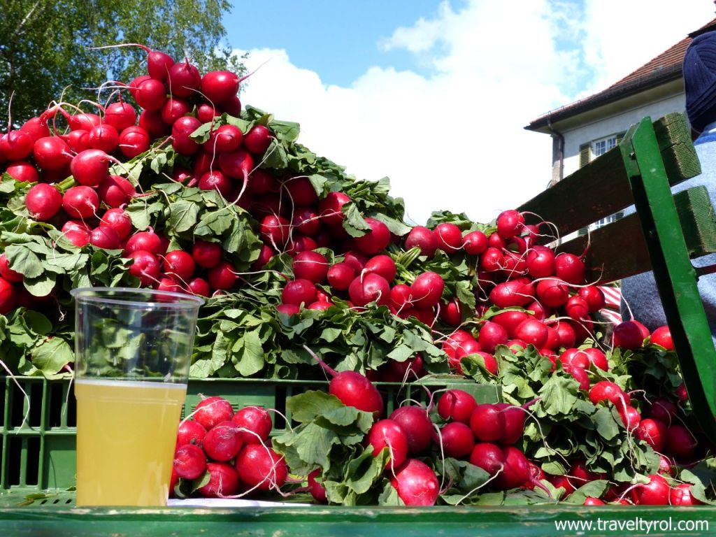 Radish festival Hall in Tirol © Travel Tyrol