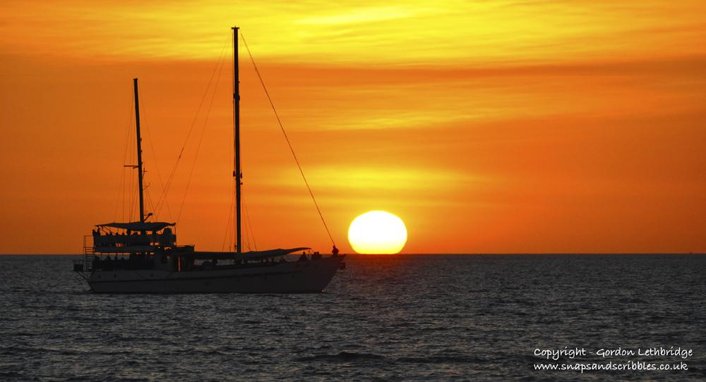 Darwin sunsets - lugger