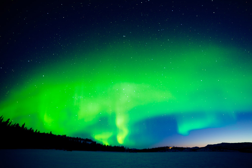 Northern Lights over Lake Laberge, Yukon © www.depositphotos.com/PiLens
