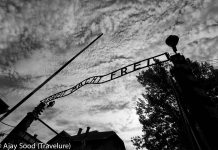 Auschwitz - A Moving Photo Essay