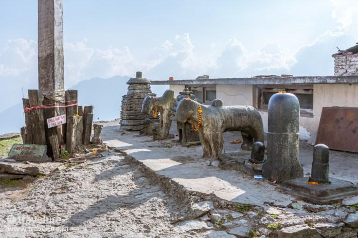 Nandi Bull and Shivalingas are expected when you embark on the Bijli Mahadev Trek – Kullu Attraction