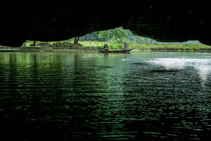 Tam Coc, Ninh Binh - Vietnam's Inland Ha Long Bay - Travelure ©