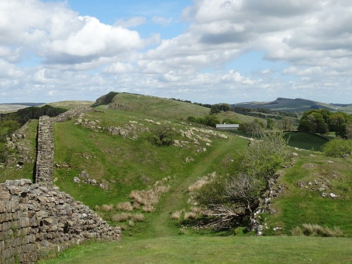 Hadrian Wall - best tourist attraction sites in the United kingdom