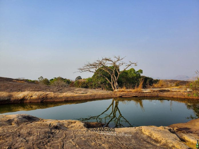 Picture of suspended lake in Oyo