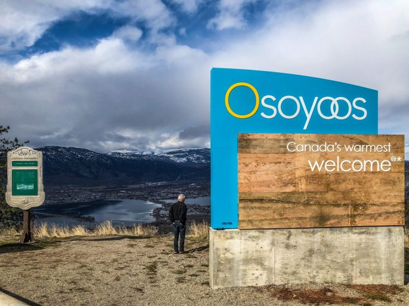 Osoyoos Welcome sign