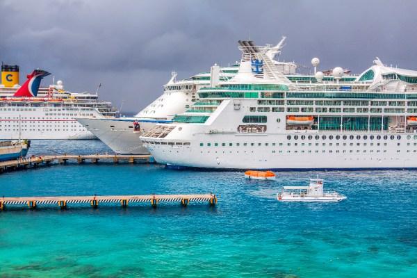Cruise ships in Cozumel terminal