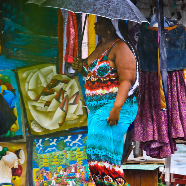 Fine art lover in Bocal del Toro, Panama