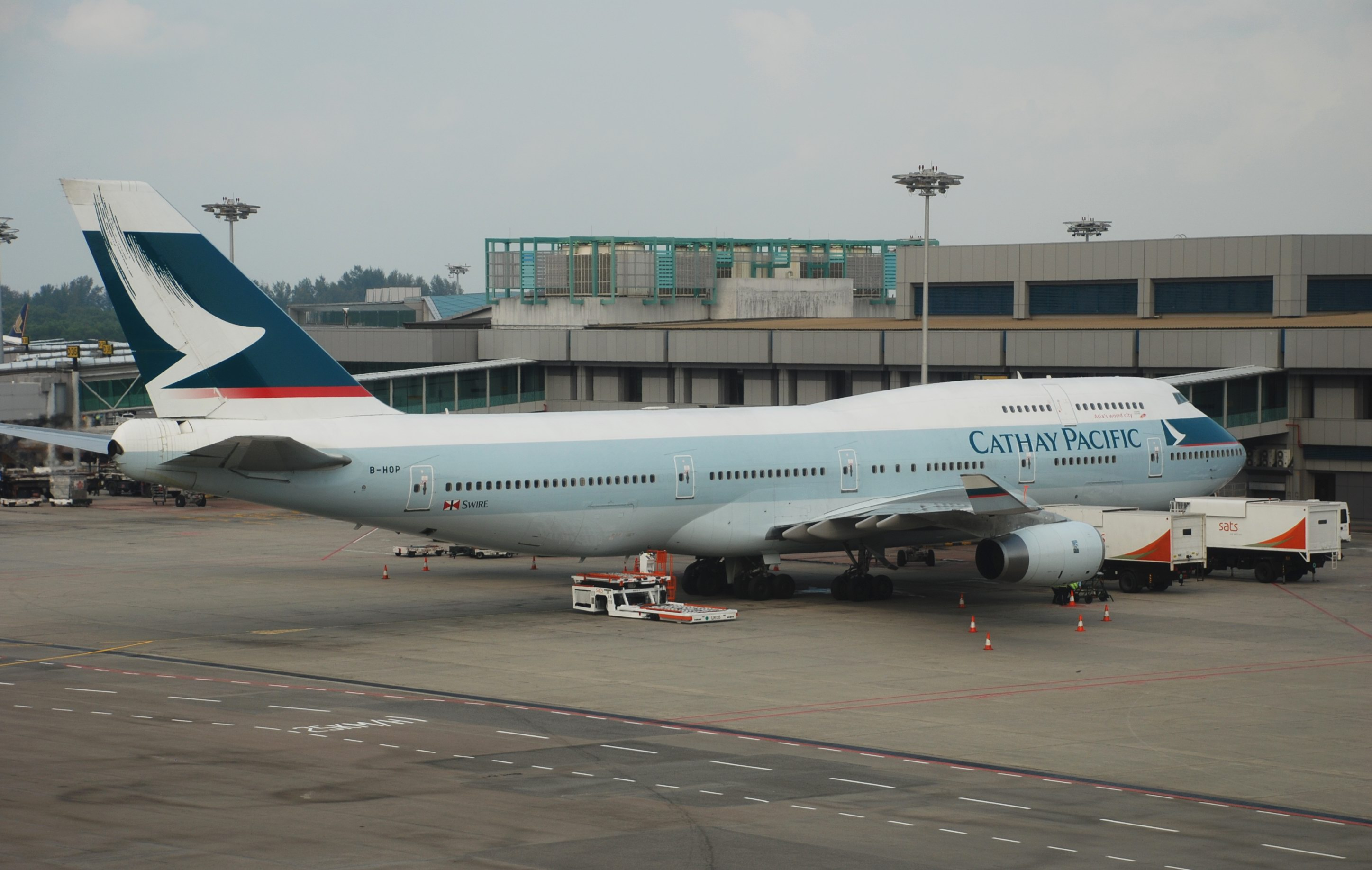 Cathay Pacific in the green for 2014 – Travel Weekly